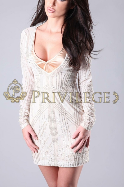Paris top models escort Tania, luxury distinguished companion